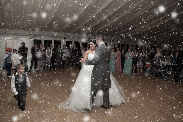 Bridal snow machine effects