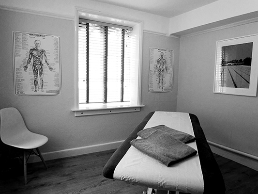 Simon Wintle - Soft Tissue Therapy clinic