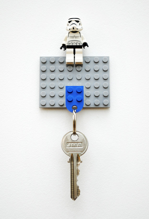 2 Lego key holder via simphome