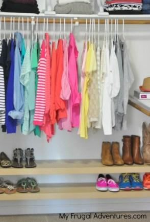 22 Use floating shelves to organize kiddos closets 2 via simphome
