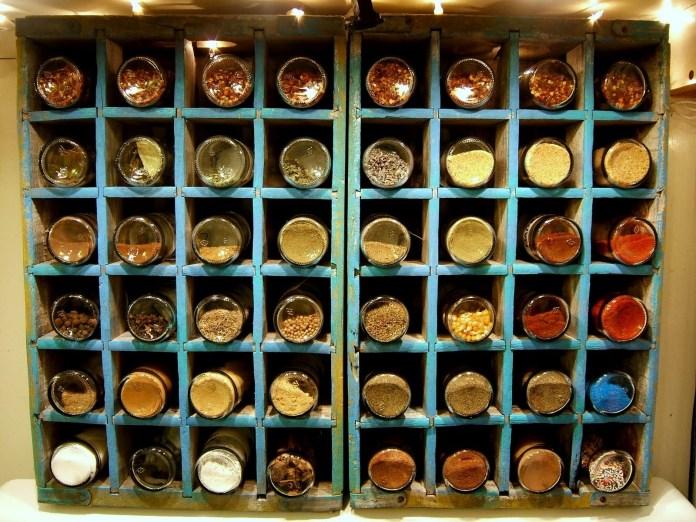 6 Spice Rack Using Glass Jars Simphome com