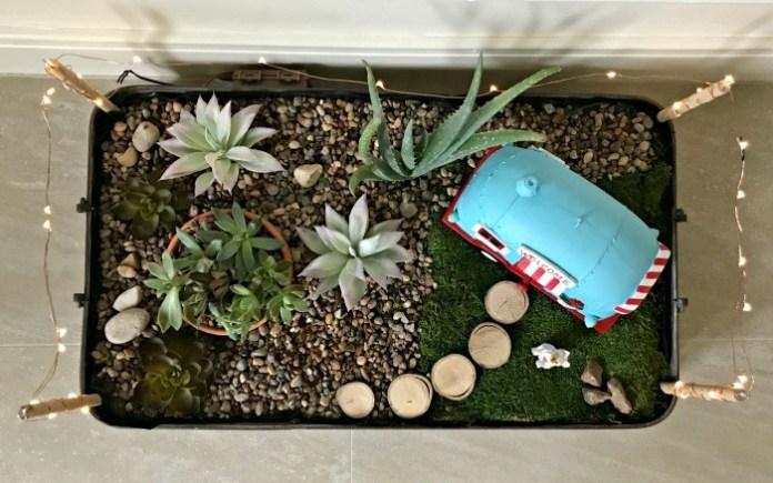 20 Fun DIY Indoor Succulent Garden with Mini Lights Simphome com