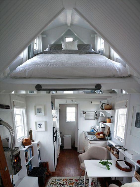 45 a home or construction Simphome