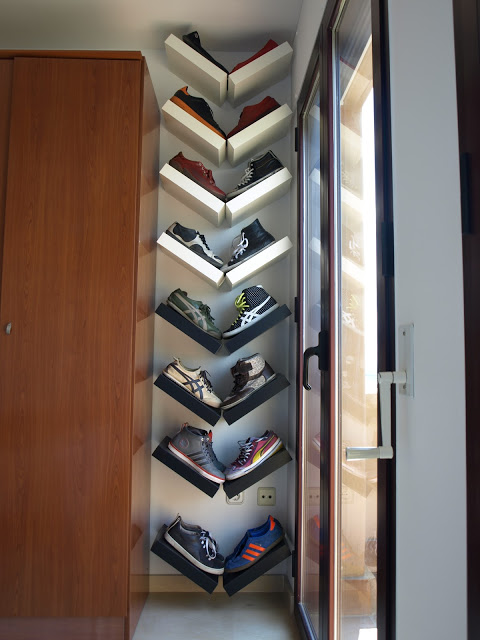 35 Arrange Lack shelves in a V shape for an interesting way to display shoes via simphome