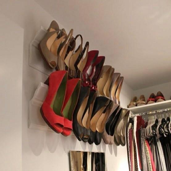 7 Hanging Shoe Rack via simphome