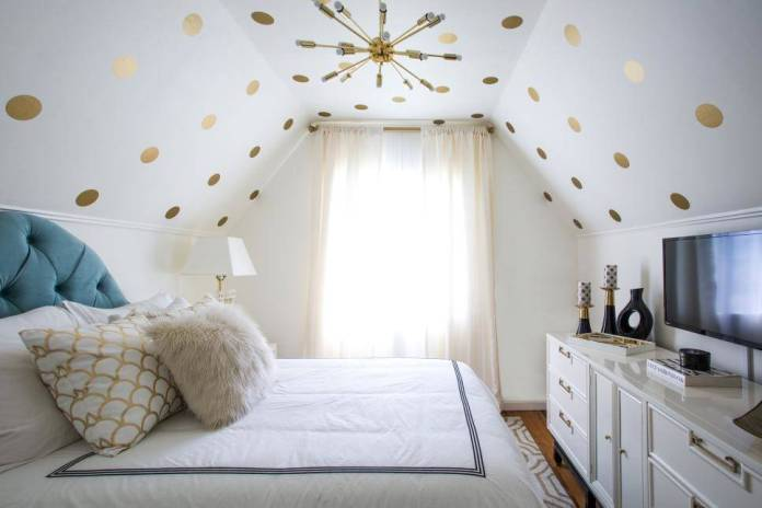 6 Try Ceiling Decals via Simphome