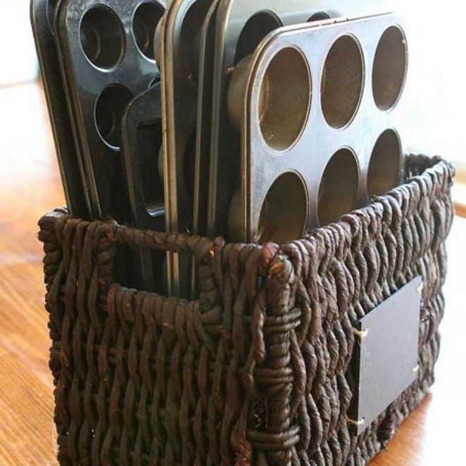 8 Bakeware Storage Basket via Simphome