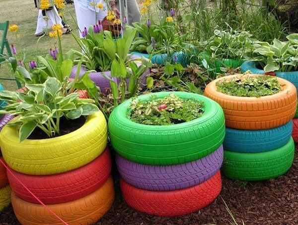 5. Color Up Your Garden via Simphome