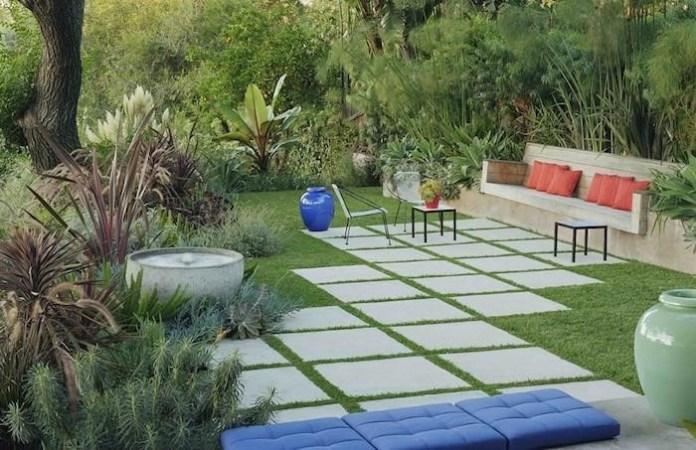 7. Combine the concrete with grass via Simphome.com
