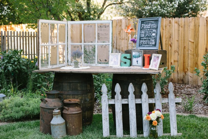 13.SIMPHOME.COM DIY backyard bbq wedding reception ideas