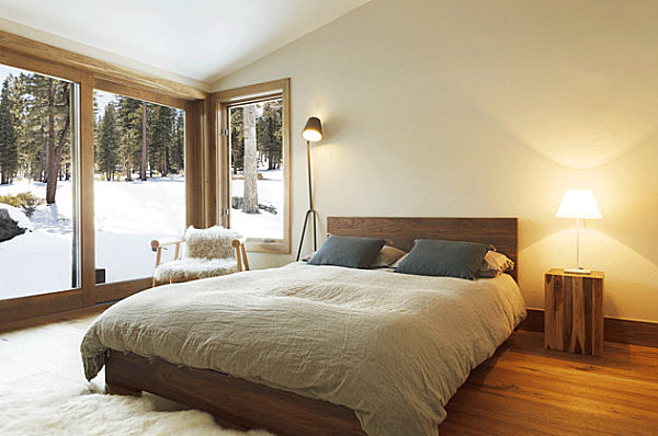 9.SIMPHOME.COM Warm Modern Bedroom