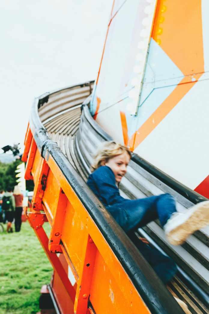 9.Simphome.com Slide for Kids