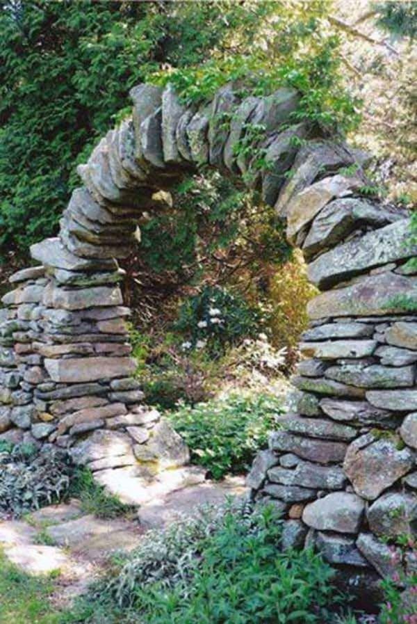 2.Simphome.com Rock Entrance