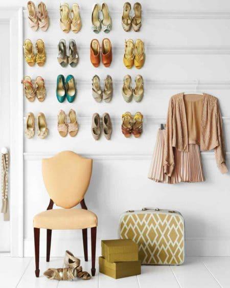7.Simphome.com Hang Your Shoes.2