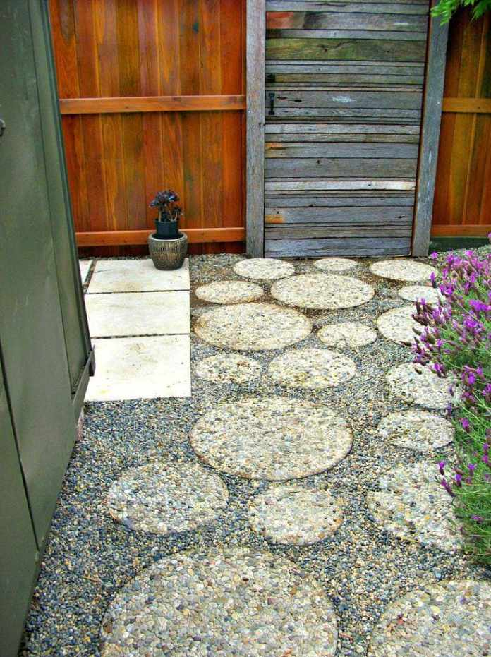 5.Simphome.com Round Pavers with Gravel 1