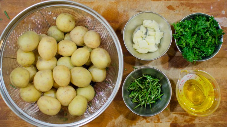 Potatoes, Garlic, Parsley, Rosemary and Olive Oil