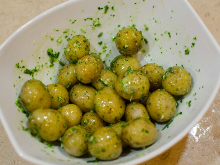 Baby Potatoes Coated with Garlic, Rosemary and Parsley Oil