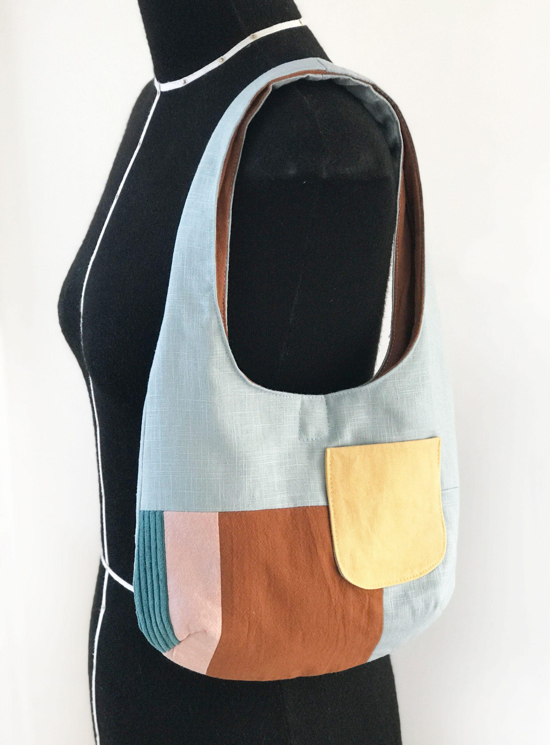 paspop met schoudertasje
