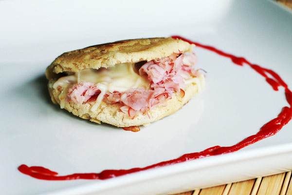 Arepa Recipe with Ham and Cheese