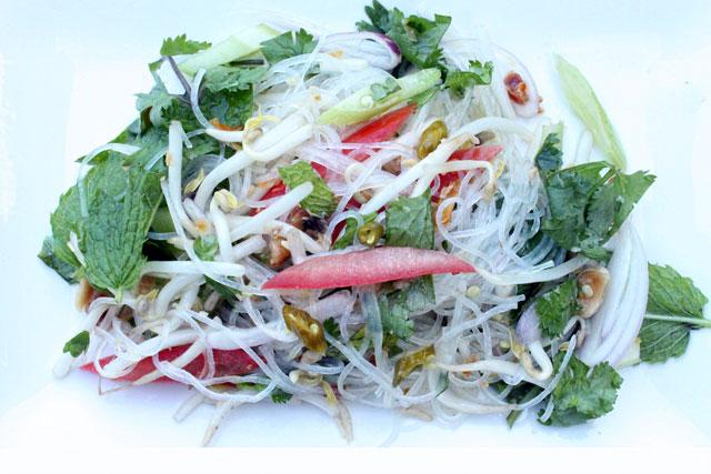 Thai Yum Woon Sen