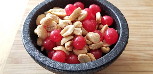 Peanuts and Red Hots