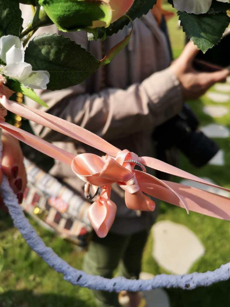Porte Alliances - Mariage champêtre romantique