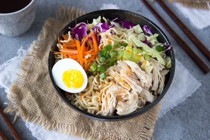 healthy-chicken-ramen-bowl 1