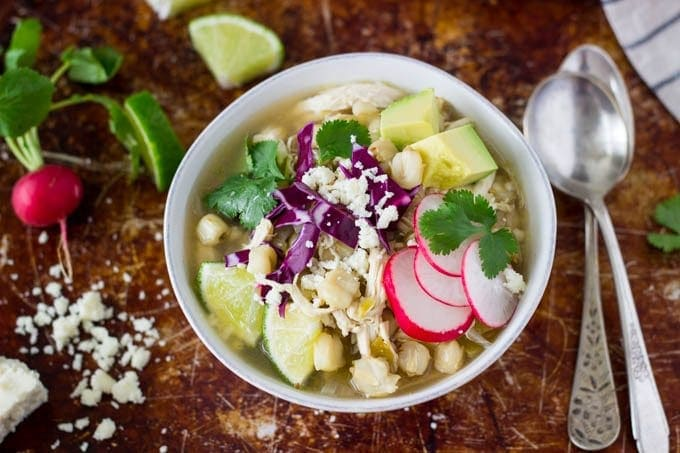 crockpot-chicken-posole featured #mexican