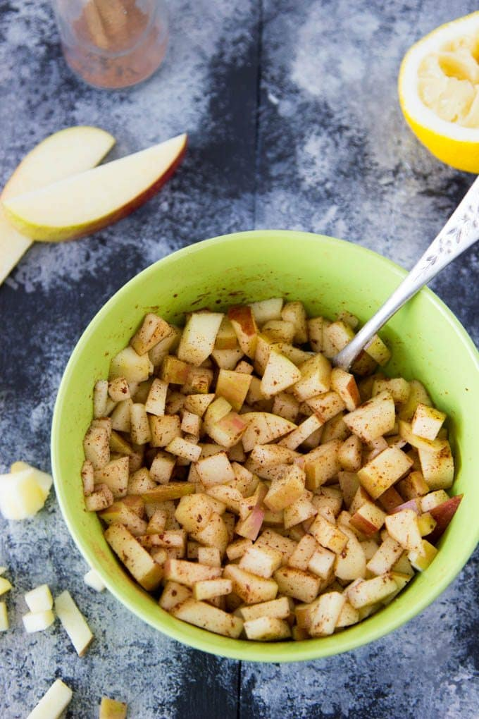 mini-caramel-apple-pies-1