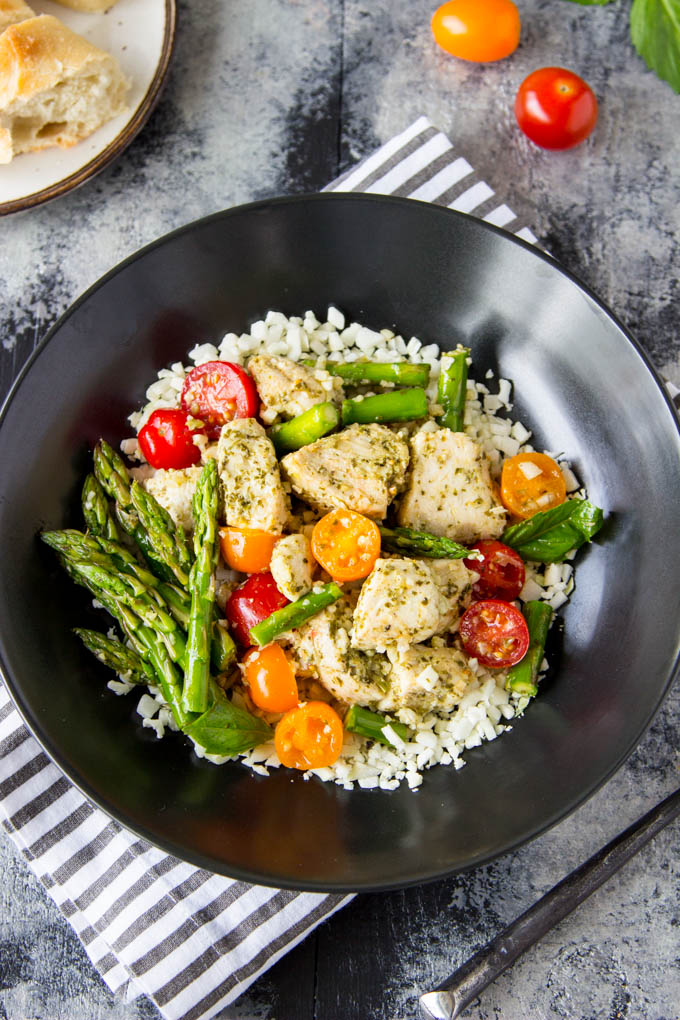 Skillet Pesto Chicken and Asparagus |SimpleHealthyKitchen.com