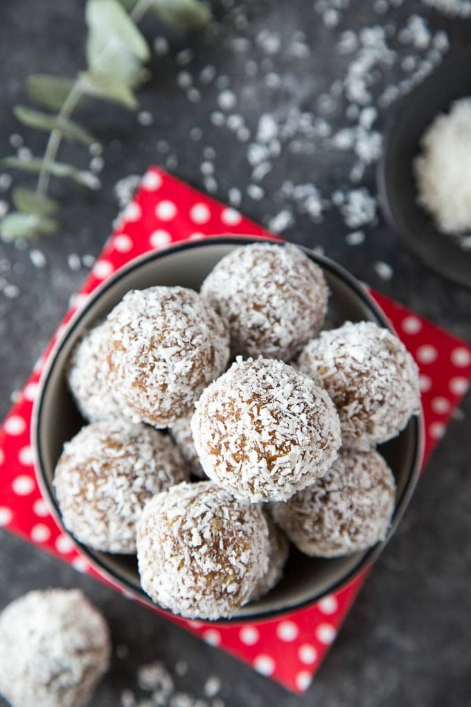 snowball coconut date energy bites 3