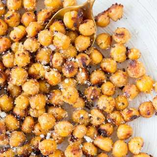 Crispy Parmesan Roasted Chickpeas