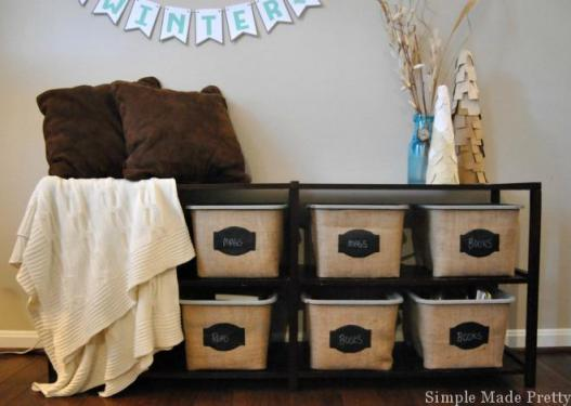 Find out how I made these DIY Burlap Baskets using Plastic Dollar Store Bins! DIY, Dollar Tree bins, Dollar store bins, Dollar Store DIY, Do it yourself burlap baskets, burlap baskets