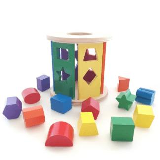 Trieur de formes en bois multicolores