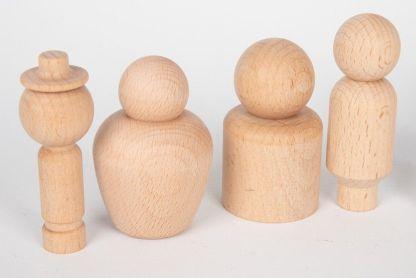 10 personnages en bois
