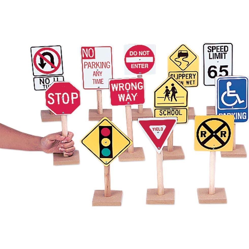 12 Large Traffic Signs en bois