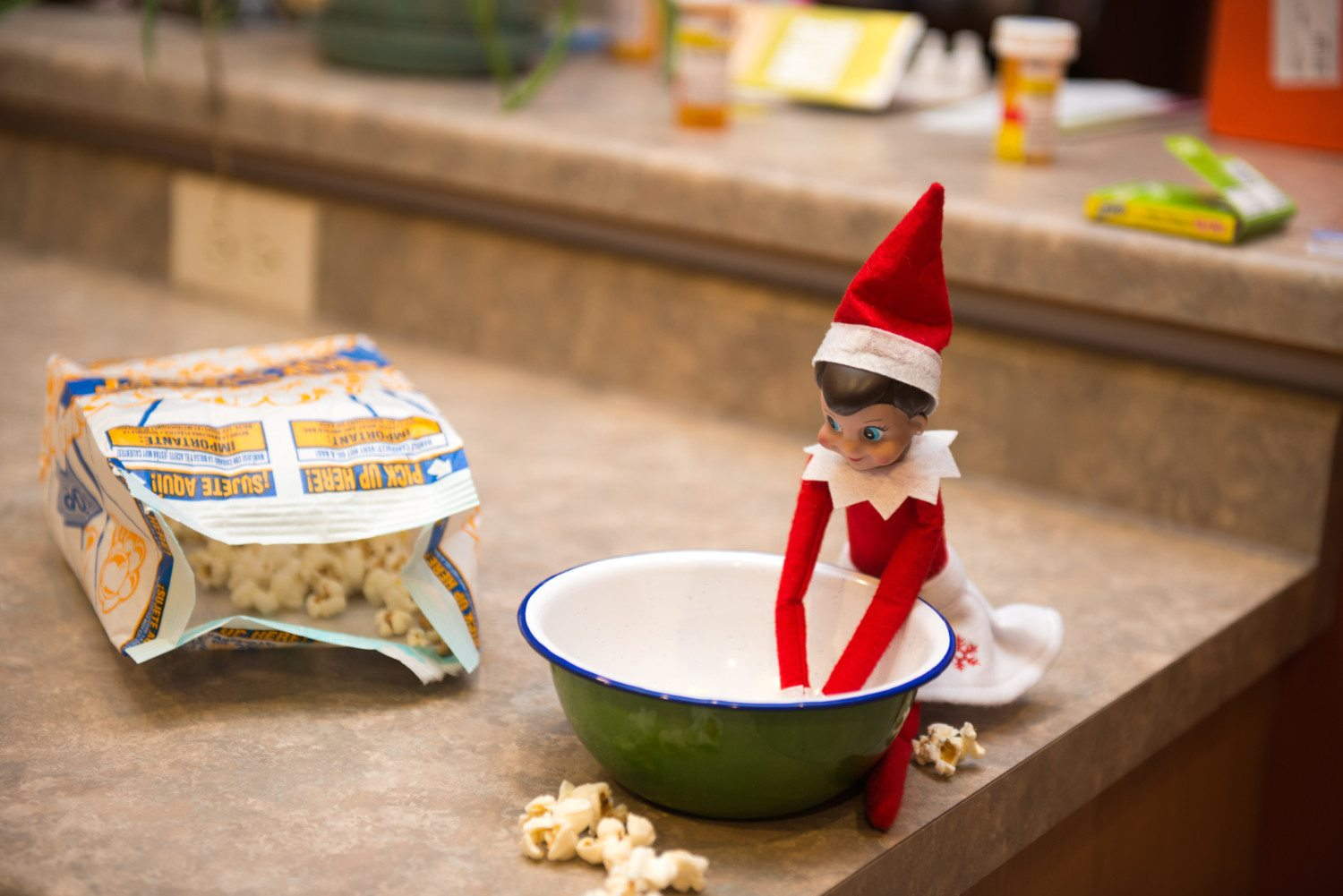 Ways To Avoid Moving Elf On The Shelf Every Day Simplemost