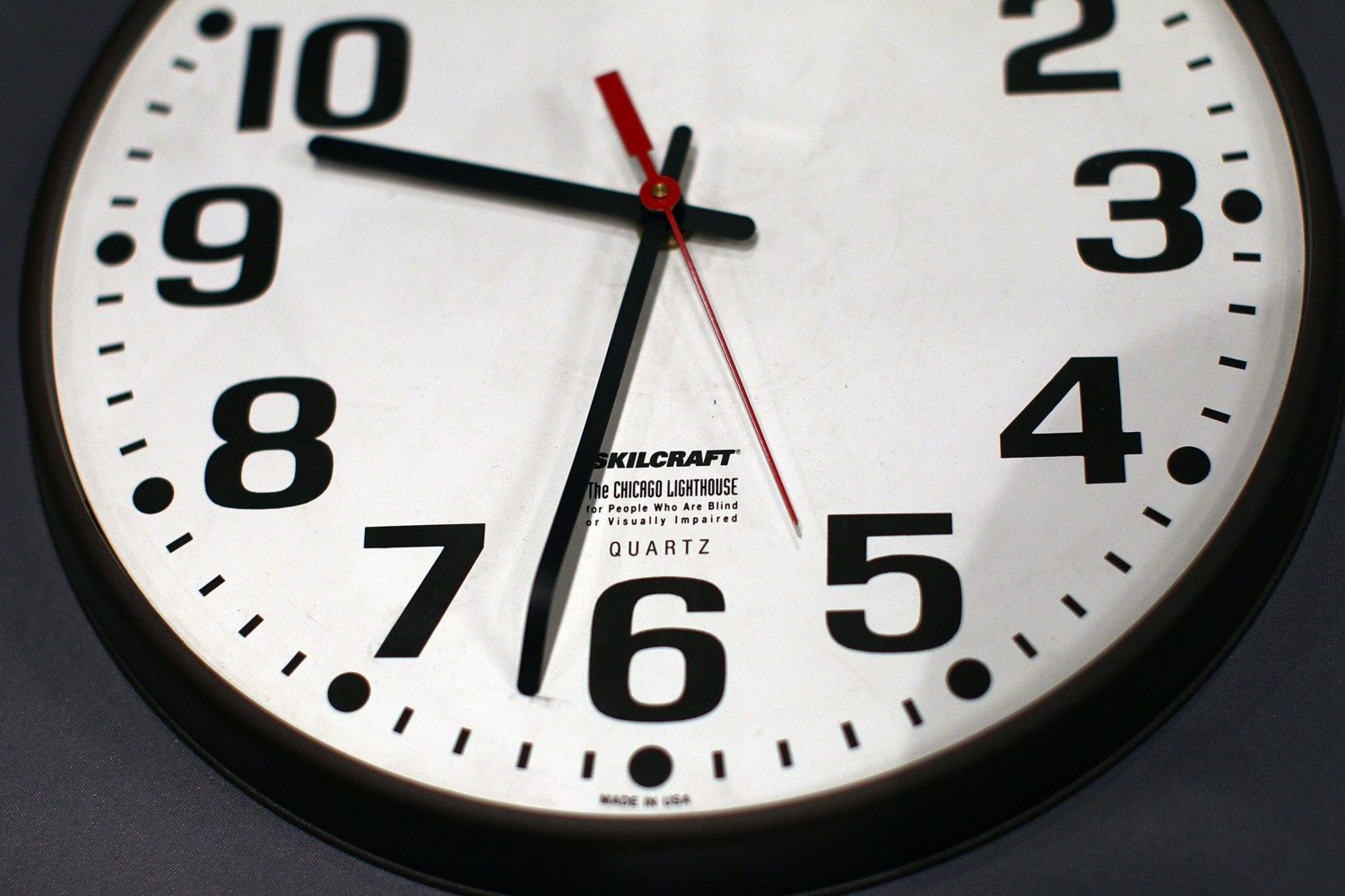 Schools Replaceog Clocks For Exams