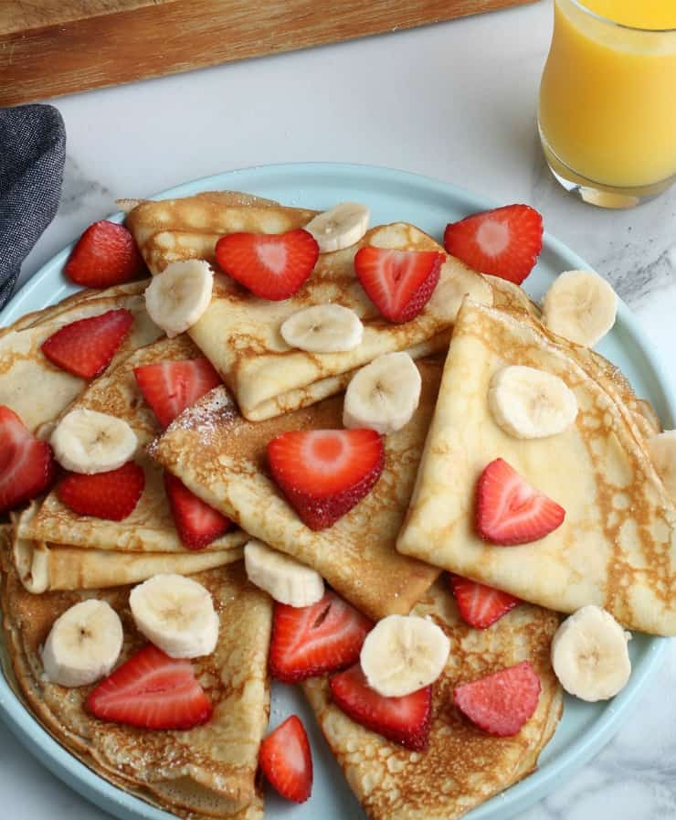 How to make SIMPLE Homemade Crepes #crepes #simplepartyfood
