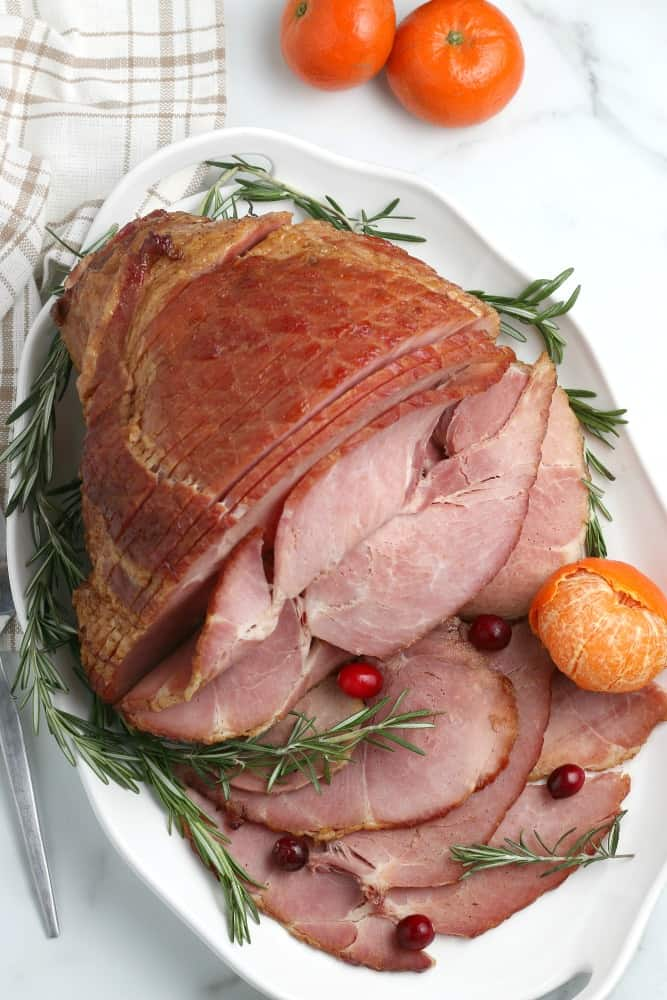 How to make a holiday ham without drying it out #christmasham #thanksgivingham #holidaydinner #simplepartyfood