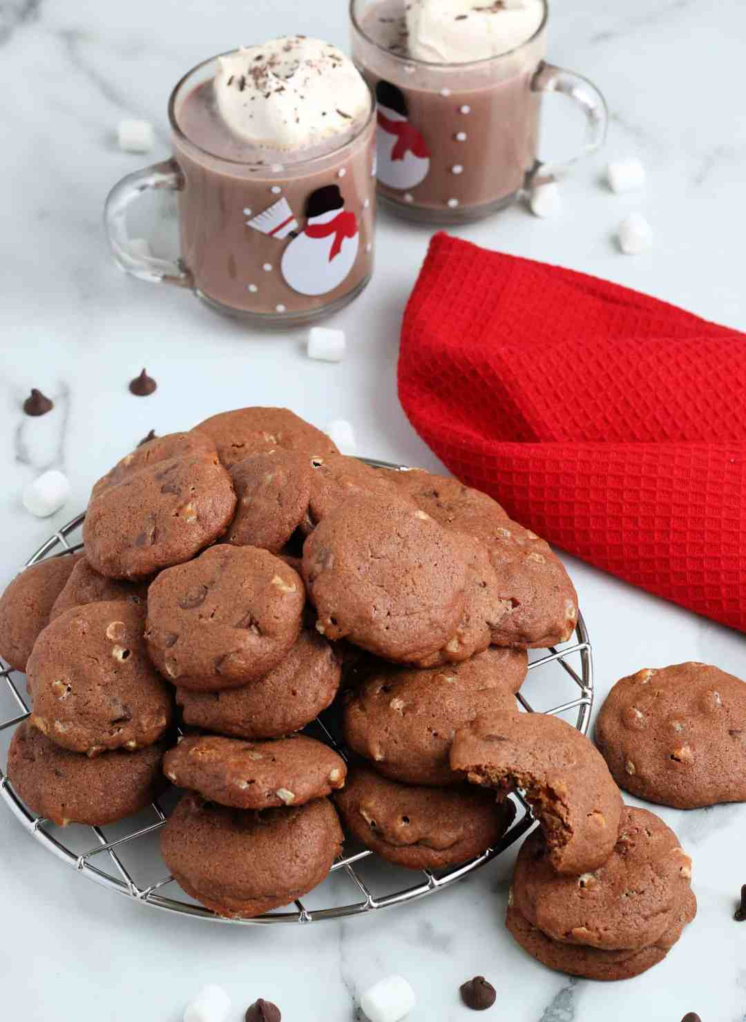 SIMPLE Hot Cocoa cookies made using homemade hot cocoa mix