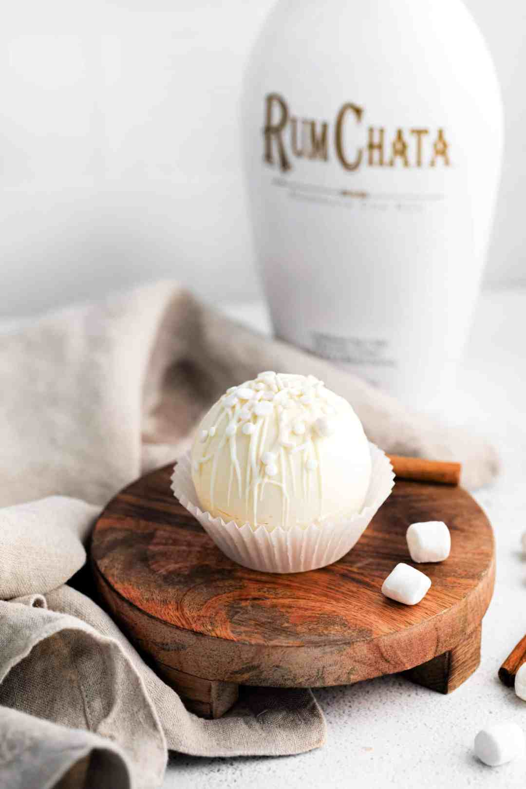 Learn how to make simple Rumchata cocoa bombs right at home #cocoabomb #hotcocoabomb