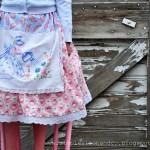 A Vintage Dishtowel Apron Skirt. And a tutorial.