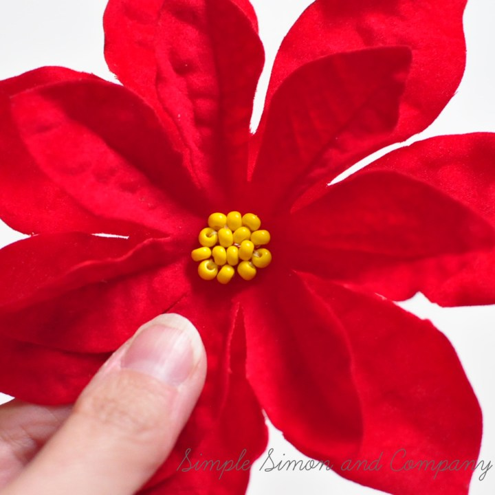 poinsettia clip step 2
