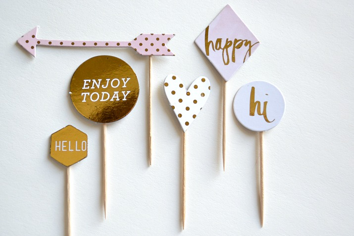Minc Chipboard with Gold