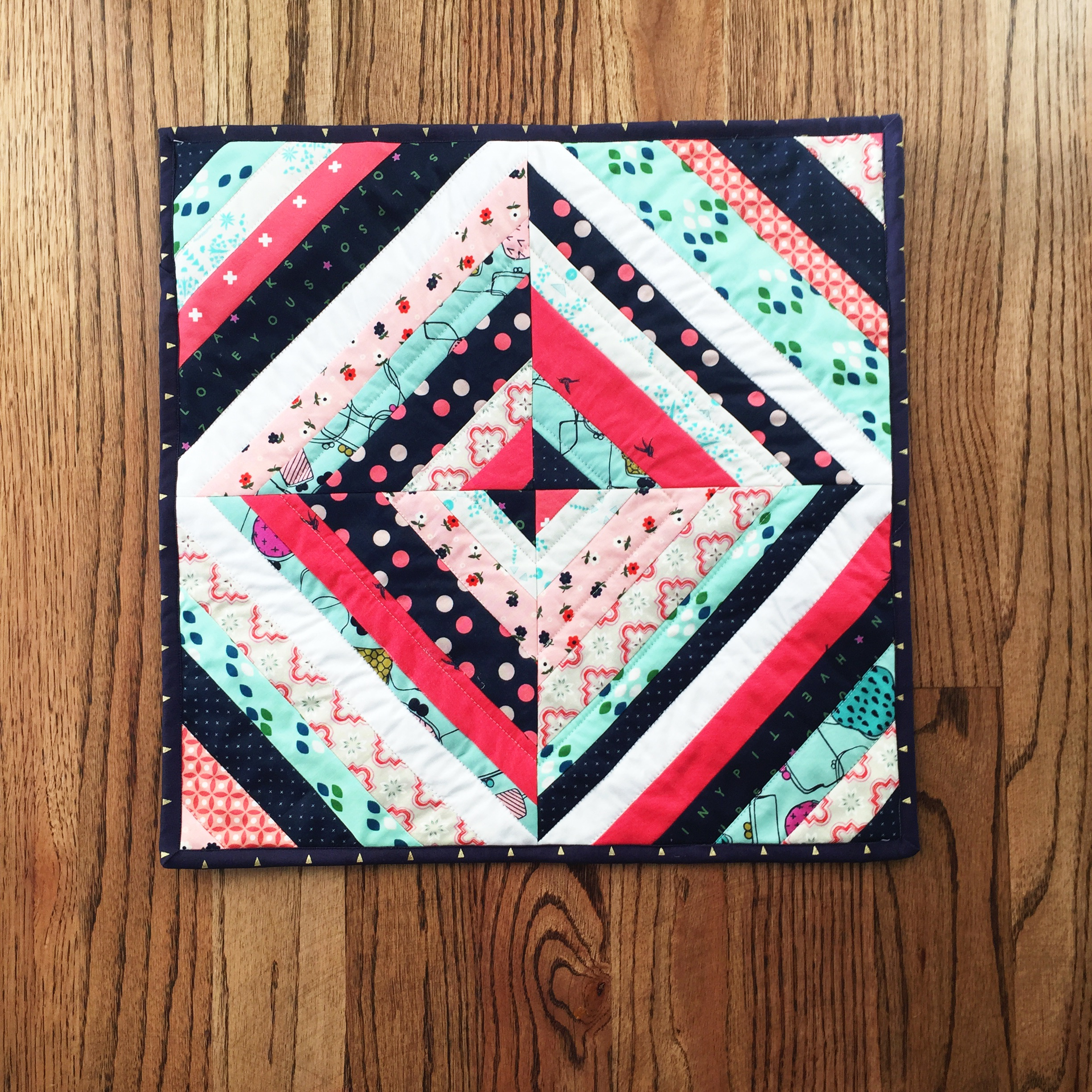 String Block Mini Quilt Tutorial