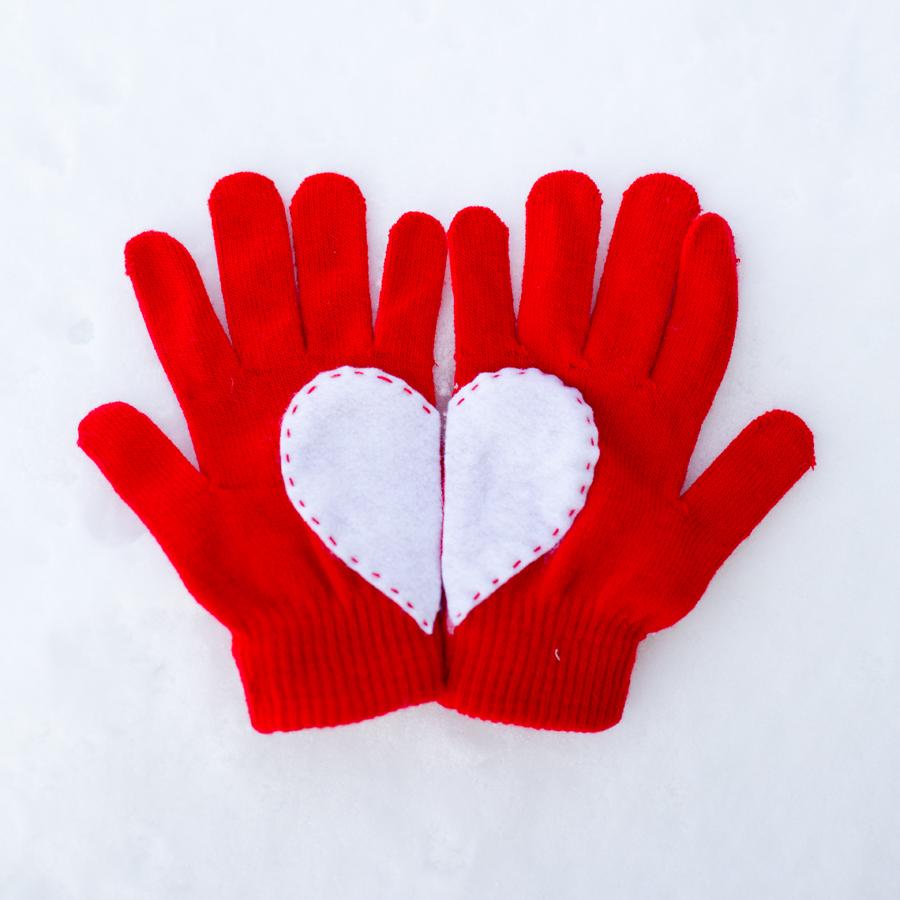 heart gloves 4
