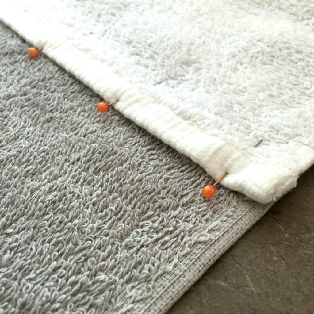 $4 Pool Towel Step 2 2