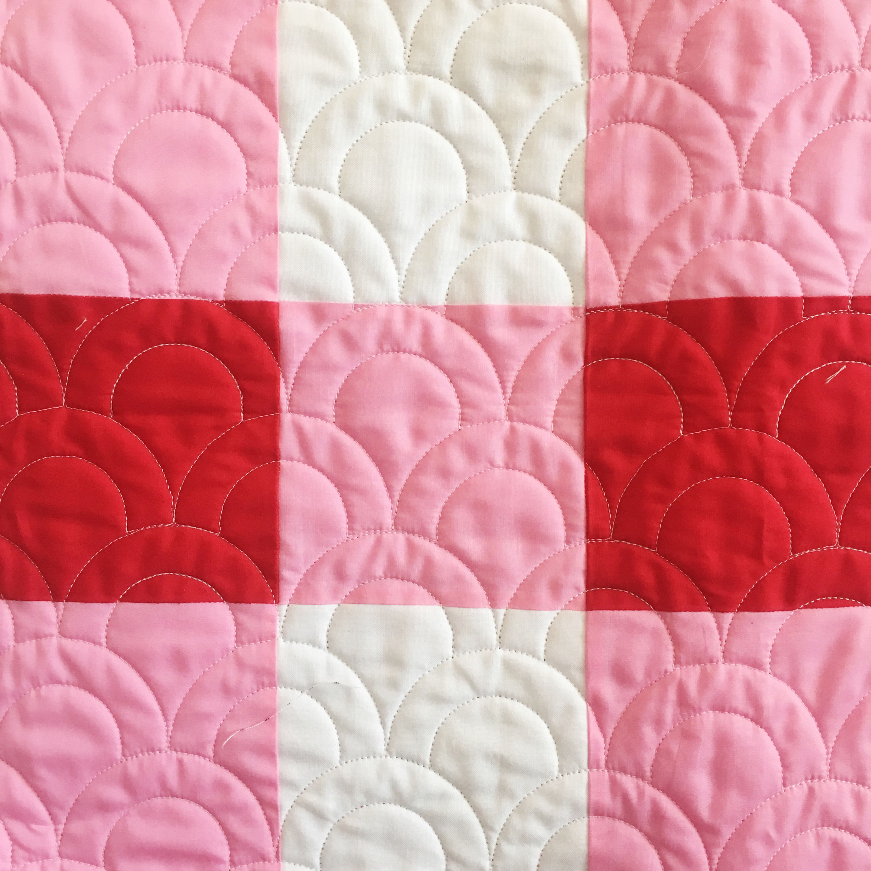 How to Make a Gingham Baby Quilt - Simple Simon and Company : red gingham quilt - Adamdwight.com