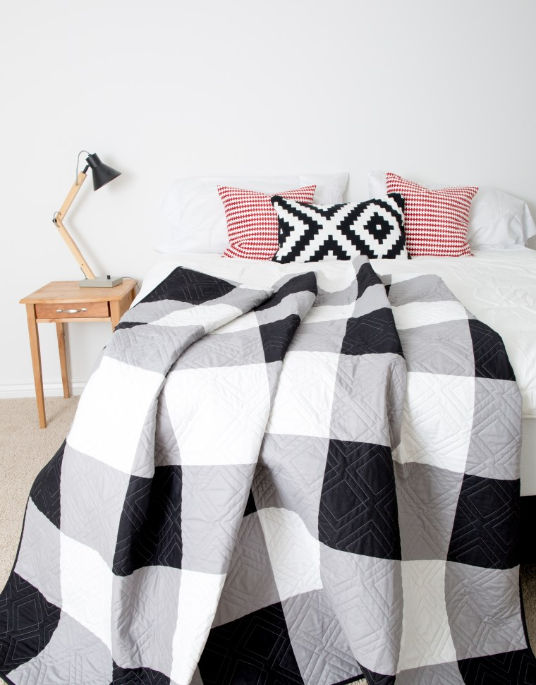 Black and White Gingham Quilt